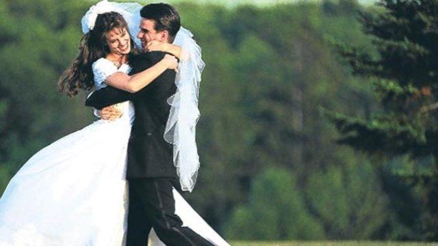 Bakanlık'tan yeni evli çiftlere: 'İlk gece yumuşak olun'
